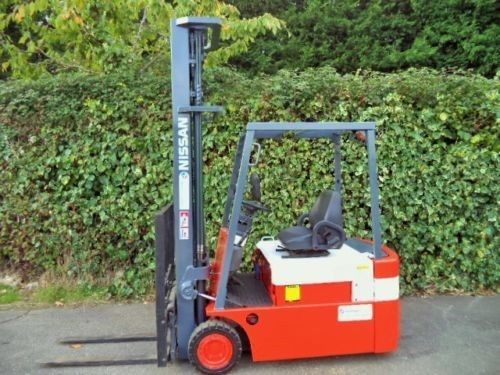 Nissan 1.8 ton electric Forklift truck fitted with a rare 6.5m lift height mast.