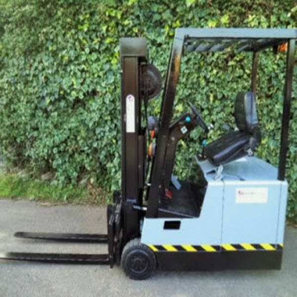 Crown-Electric-Forklift-Truck