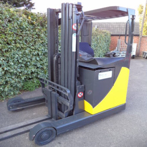 Komatsu-reach-truck-electric-used-forklift-s