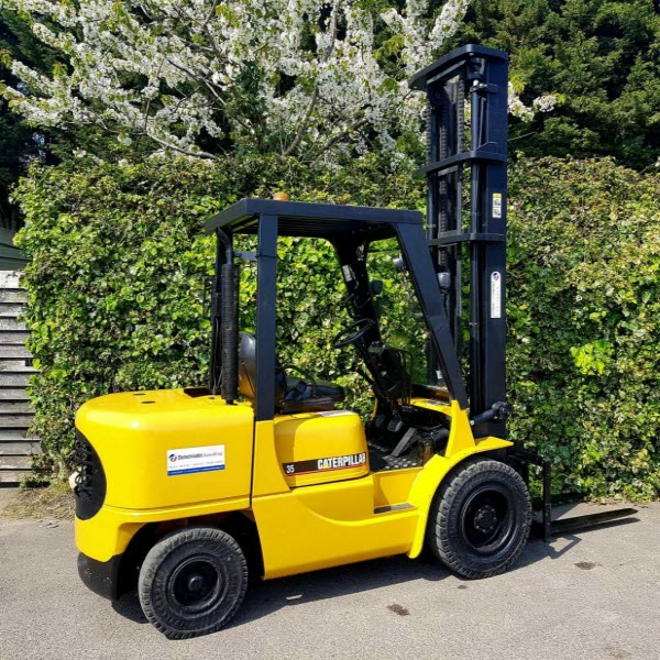 caterpillar-3-5-ton-diesel-used-forklift