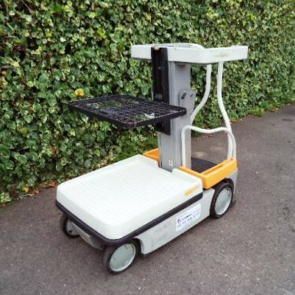 Crown-Wave-WAV50-118-electric-man-up-order-picker-forklift-s