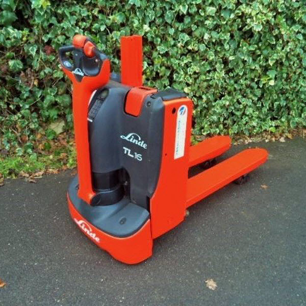 Linde-T16L-order-picking-2